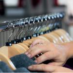 Die Wahl des richtigen Kleiderbügels für Ihre Produkte