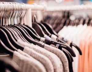 Kunststoff Kleiderbügel