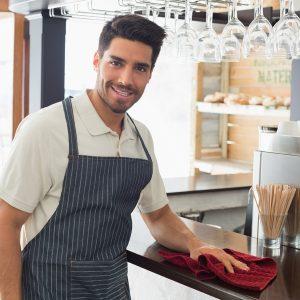 Ladengeschäft putzen Mitarbeiter